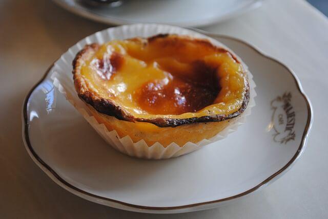 pastel-de-nata-custard-tart-lisbon