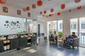 Facilities-hostel-seville-hall-1-oasis-backpackers-palace