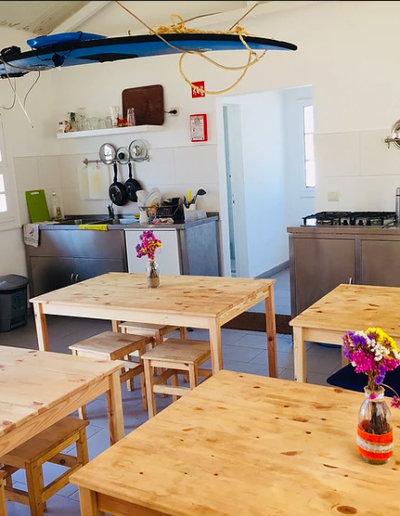 hostel-kitchen-oh-sintra-portugal