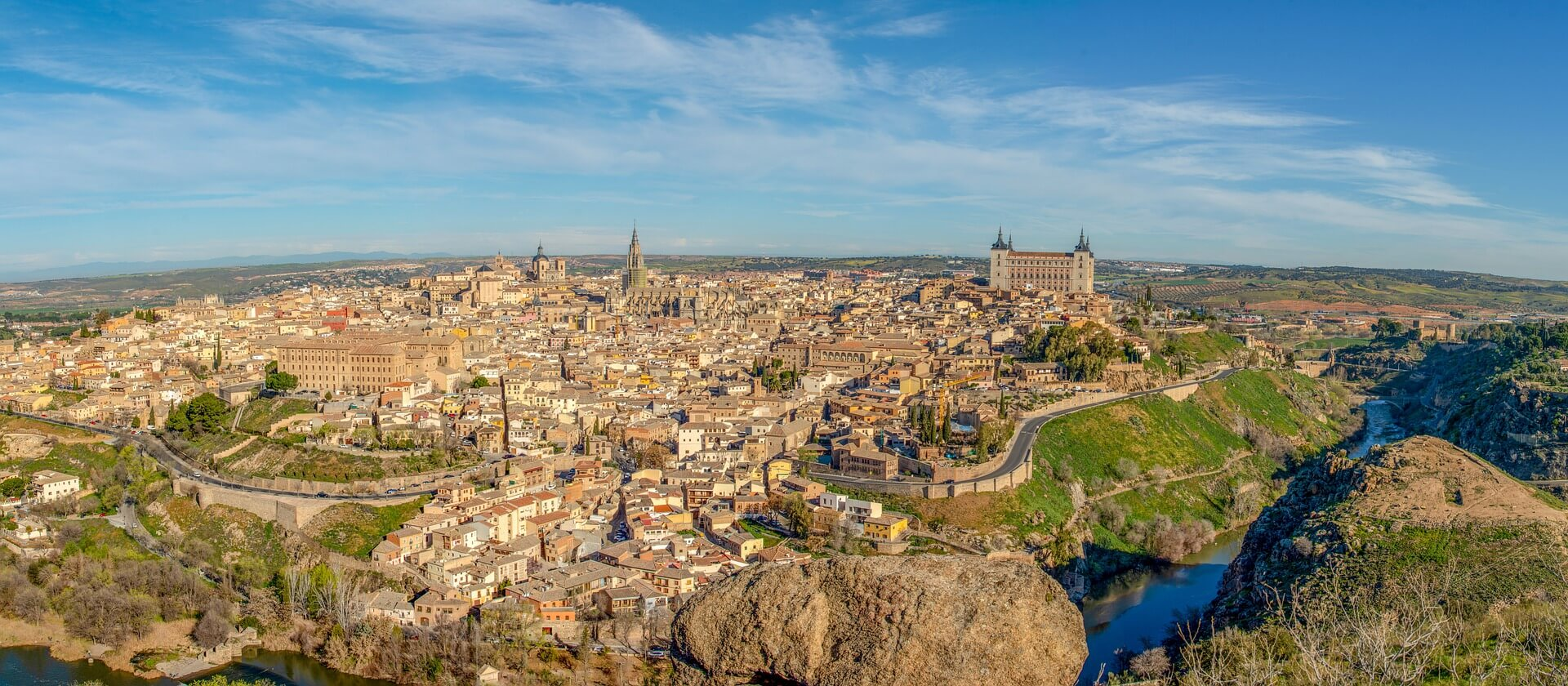 A panaramic shot looking from the Toledo viewpoint across the city in daylight